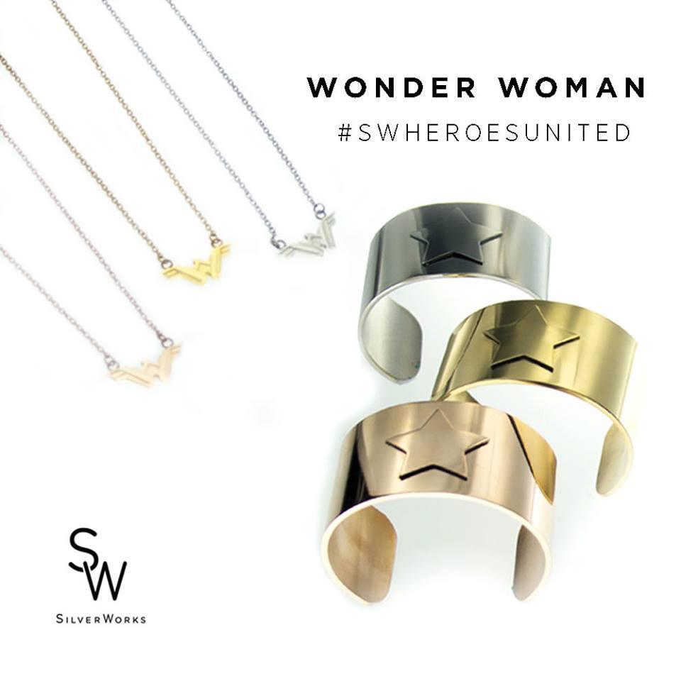 BvS SW Wave 2 Necklace 1